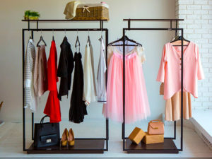Стойки для одежды